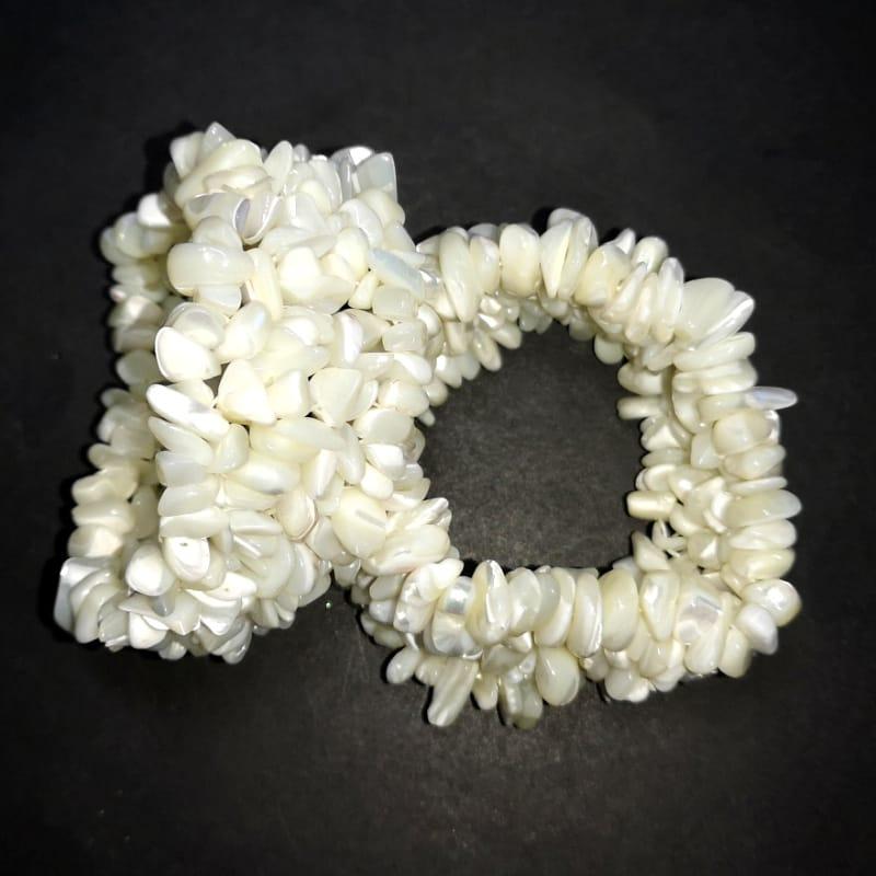 Mother of Pearl 5-Strand Chip Bracelet
